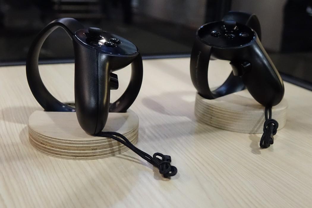 Oculus controllers