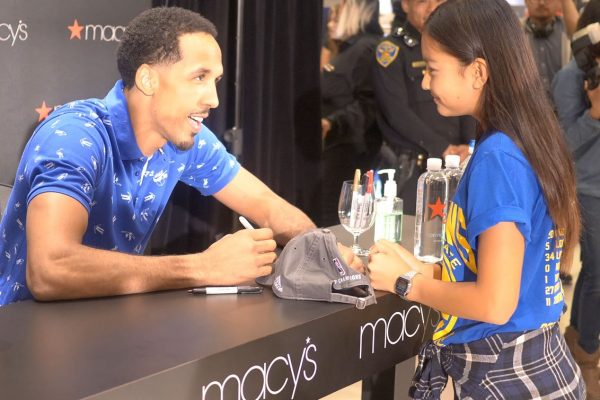 Shaun Livingston Macy's Golden State Warriors Meet and Greet Autograph Signing 2017 Lonzo Ball