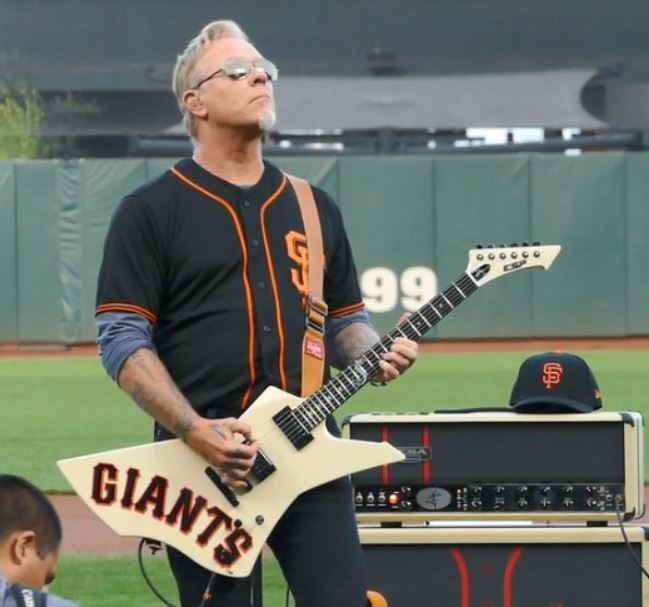 metallica performs national anthem at sf giants 2017 bay area hqbay area hq. Black Bedroom Furniture Sets. Home Design Ideas